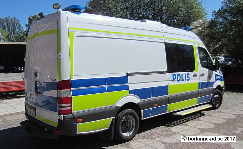 125-7410 TA Trafikpolisen